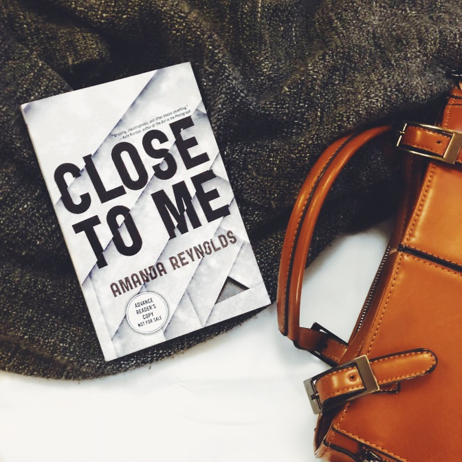 REVIEW: Close To Me by Amanda Reynolds
