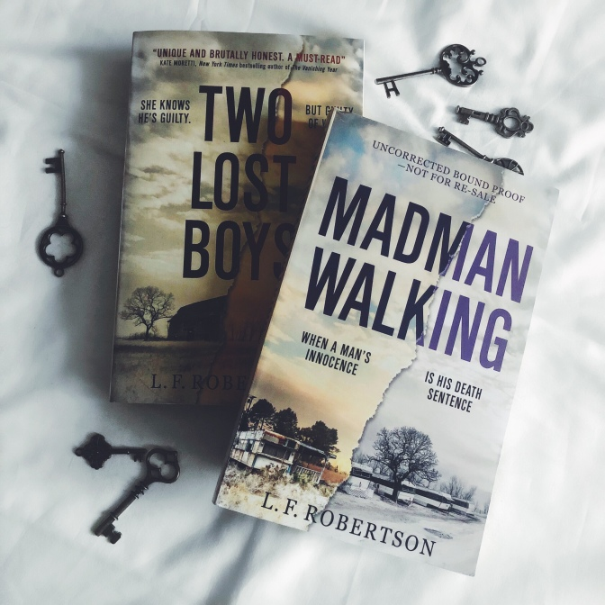 REVIEW: Madman Walking by LF Robertson (Janet Moodie #2)