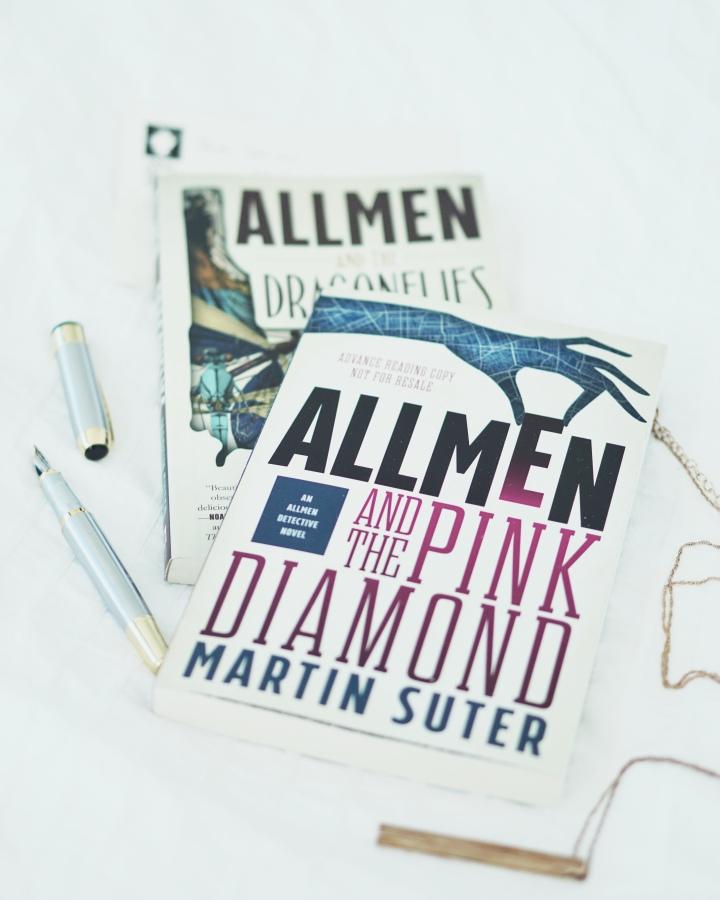 REVIEW: Allmen and the Pink Diamond (Allmen Detective#2)