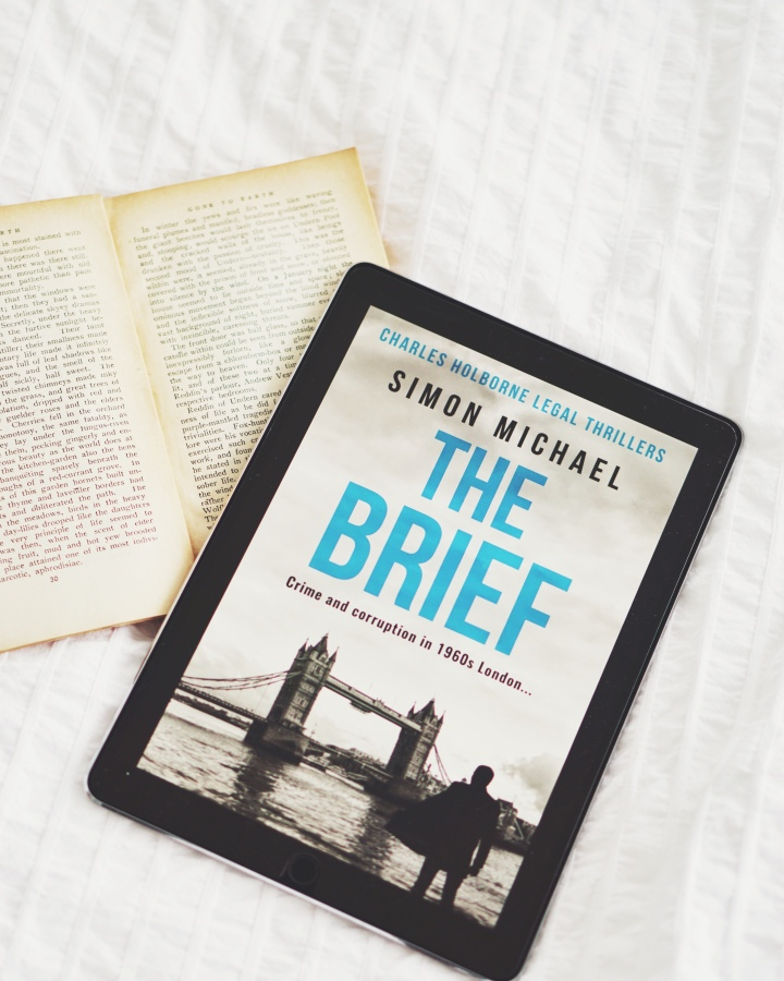 REVIEW: The Brief by Simon Michael (Charles Holborne #1)